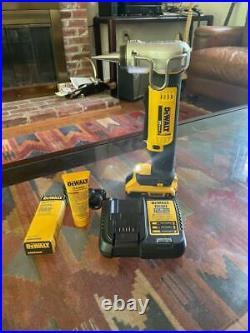 DeWalt PEX Expander Crimper Tool DCE400B
